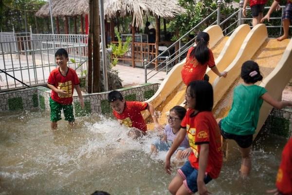 Một số hình ảnh các bạn học sinh trải nghiệm tại Trang Trại Vạn An